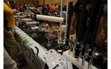 物販コーナー:無線LANのアンテナなども販売の画像